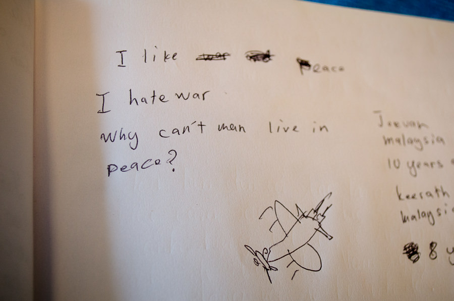 "A handwritten note in the guestbook of the war museum stating ""I hate war"""