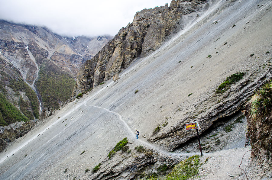 The landslide area on our way to Tilicho Lake on the Annapurna Circuit